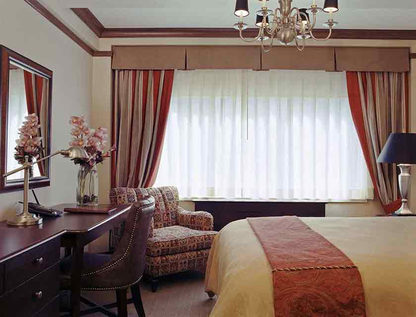 Blakely Superior Room