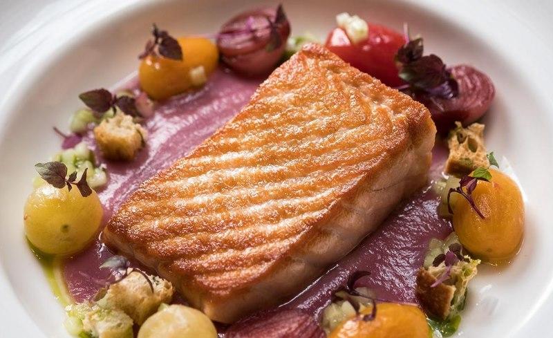 Salmon-Legato