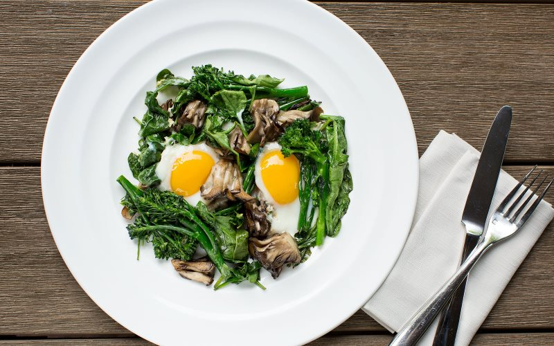 Sunnyside-Eggs-Spinach-Brussels